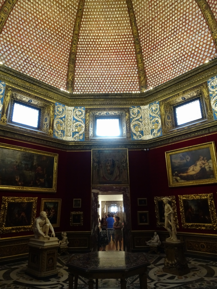 The opulent Tribuna, built in 1584 to house the Medici treasures