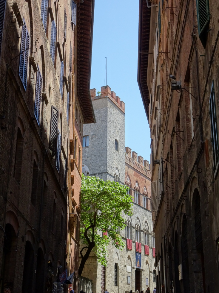 A pretty scene in Siena's Old Town's narrow streets