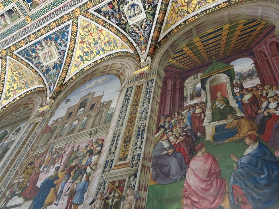 Wall and lower ceiling detail of Siena cathedral's library