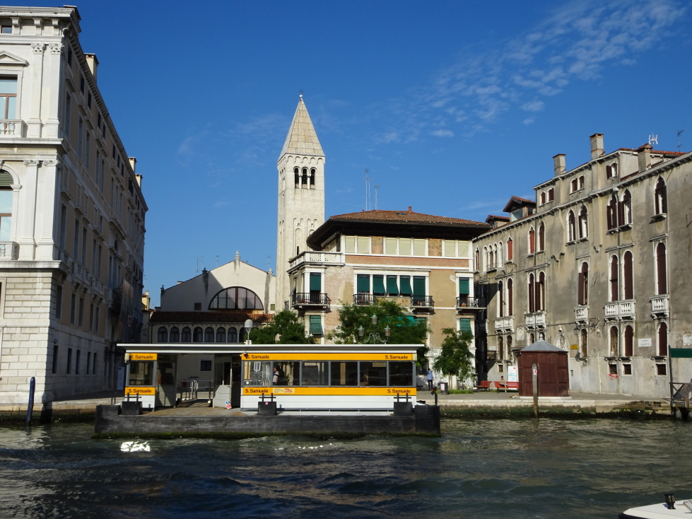 A floating stop for the water taxi, or vaporetto
