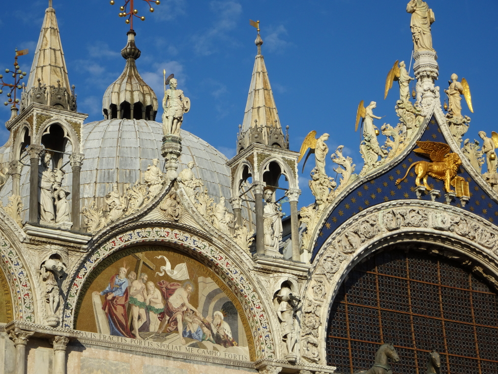 Facade of the basilica, taking care to avoid the part that was (predictably) covered in scaffolding