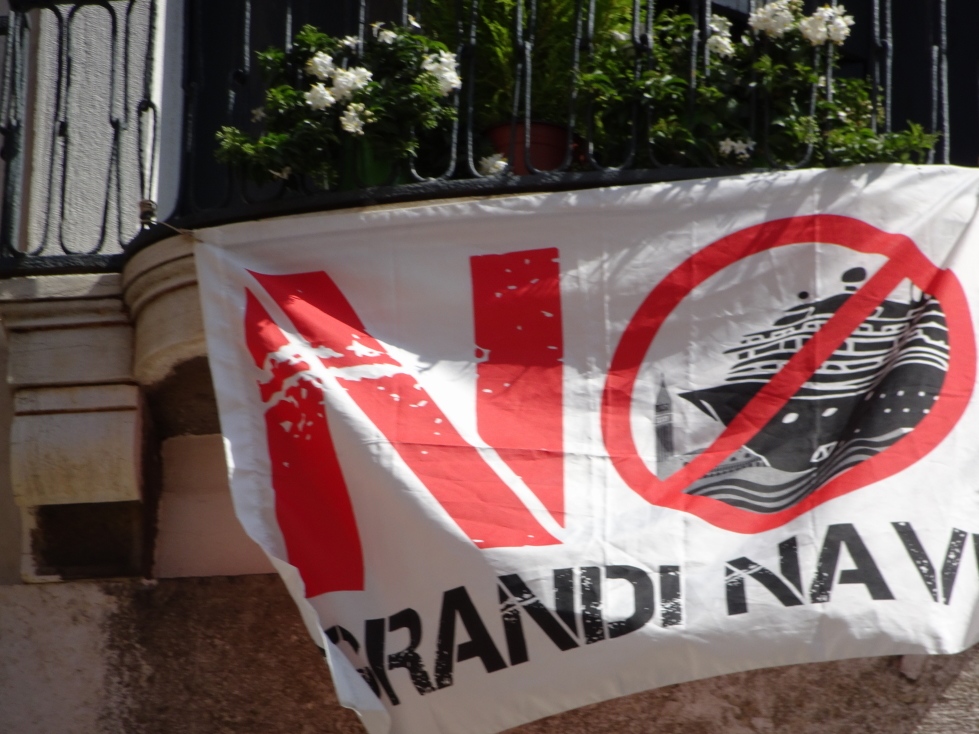 Sign calling for no cruise ships visiting Venice