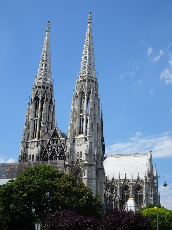 The striking Votivkirche, built in 1879