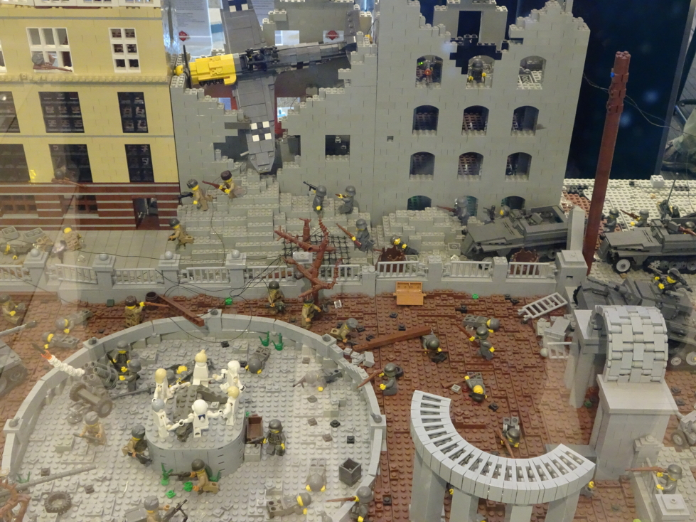 Brickmania's diorama of the Battle of Stalingrad