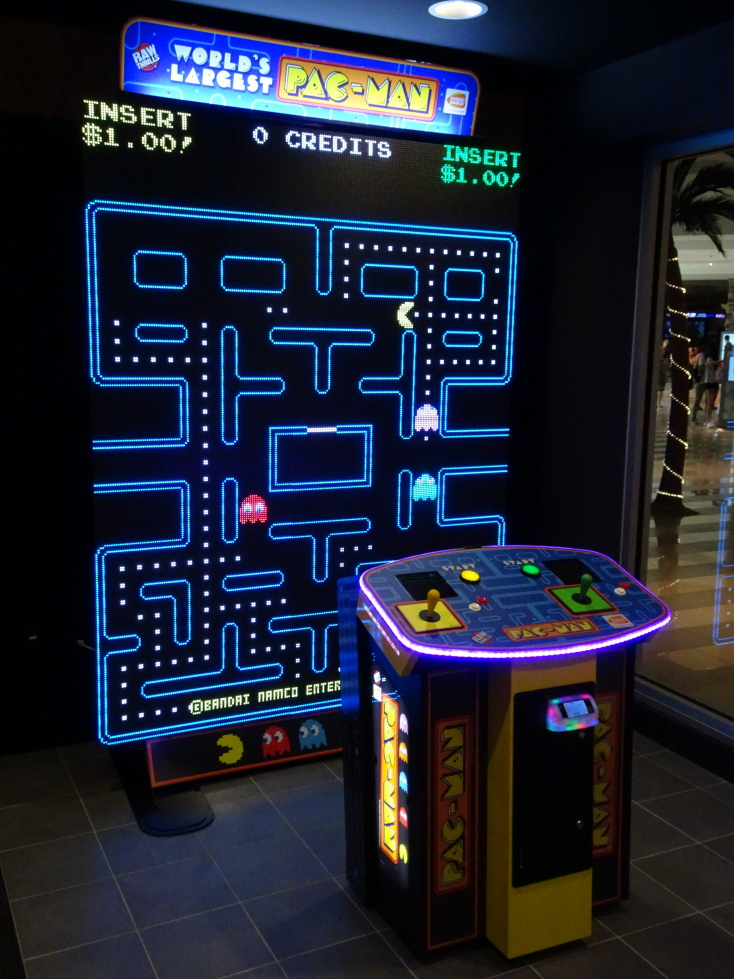 (Supposed) World's Largest Pac-Man, impressive!